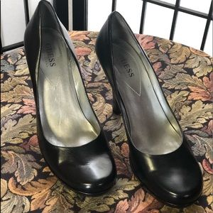 GUESS - Black Leather Pumps Sz8